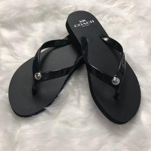 🌟SALE🌟🆕 COACH Black & White Flip Flops 5B